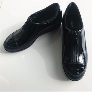 COLE HAAN Patent Leather Zip-Up Shoes Low Heel